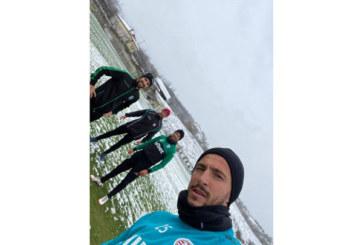 """Трио юноши на """"Пирин"""" се събраха на базата в Рилци и дадоха ясен сигнал: Вкъщи сме си, скоро със зелените екипи"""