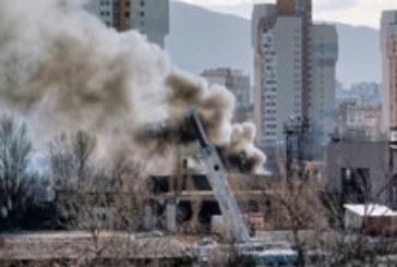 Пожар в складове в София