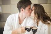 Целувки и секс по време на коронавирус – опасни ли са?