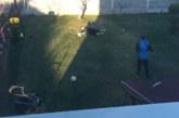 Комитите се отчитат с видеа в социалните мрежи пред треньора Ат. Ласков, вратарят З. Димитров превърна двора си в затревен терен