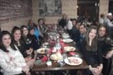 Над 100 самодейци от Кресненско посрещнаха със софра и хора празника си