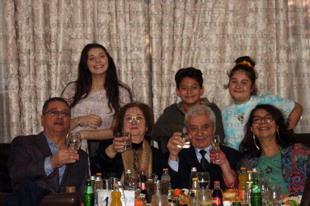 С грандиозен прием Лазар Причкапов отбеляза 80-годишнината си