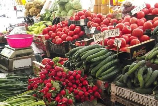 Затвориха кооперативния пазар в Гоце Делчев заради коронавируса, складовата база обслужва само търговци