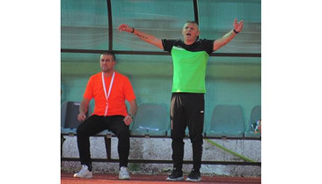"""ФУТБОЛЕН СКАНДАЛ В ЮГОЗАПАДА! Треньорът на """"Вихрен"""" Здр. Лазаров-Електричката: Баражът """"Миньор""""-""""Септември"""" е откровена глупост"""