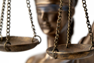 Съдът решава дали да остави за постоянно в ареста шофьора, предизвикал катастрофата с Милен Цветков