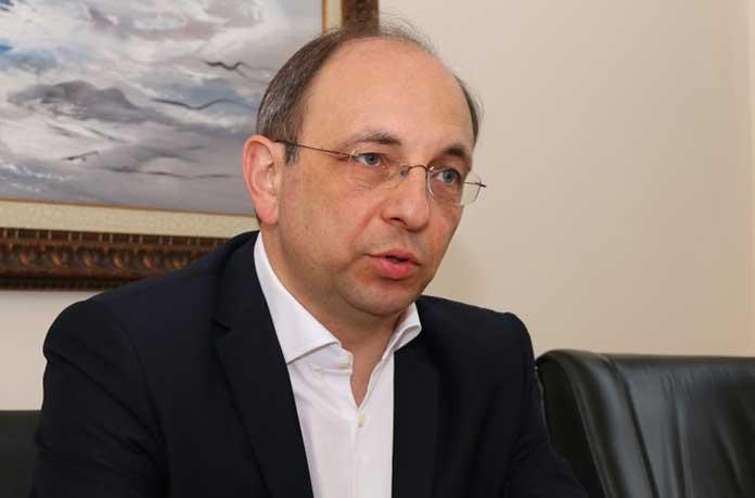 Н. Василев: Заплатите падат, безработните - над 100 000, хората е трябвало да си заделят пари