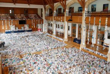 ЗА 100-НИЯ СИ РОЖДЕН ДЕН: Капитан Том Мур получи 125 хиляди поздравителни картички