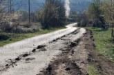 Бившият вътрешен министър проф. Веселин Вучков гневен на общинска и селска управа: Дървосекачи превърнаха кочериновското с. Стоб в кален лунен пейзаж, рушат главните улици и новата канализация