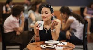 Сърбия отваря кафенетата от 4 май, всички граждани ще получат по 100 евро