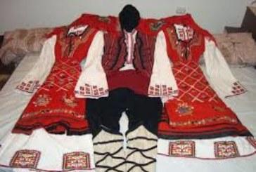 Хванаха крадец, посегнал на етнографска сбирка от носии в Треклянско, сред плячката носия на 200 г.