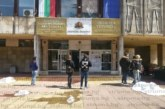 Заведенията под Хисарлъка свиха персонала и само за ден 10 младежи се наредиха на опашката пред Бюрото по труда