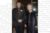 Снимка с Желязната лейди М. Тачър върна в 2006 г.  бившия студентски лидер на ЮЗУ Ст. Иванов
