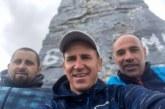 """Трио бивши футболисти на """"Беласица"""" разредиха батериите с рейд из две планини в Пиринско"""