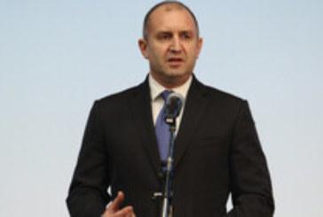 Румен Радев с поздрав към работещите по случай 1 май