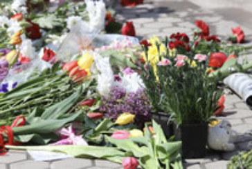 Мълчаливото бдение в памет на Милен Цветков се превърна в шумно търсене на справедливост