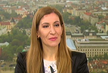 Ангелкова: Водят се интензивни разговори за възобновяване на чартърите от 15 юни
