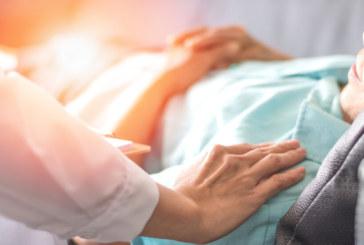 Без задължително лечение в болница за пациенти с COVID-19 над 60 г.