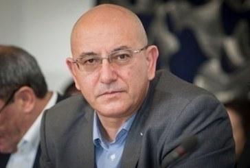 Министърът на околната среда и водите Емил Димитров няма да иска оставката на заместника си