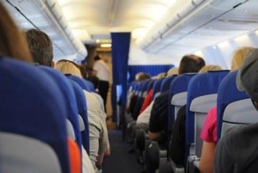 Стюардеса разкри кои са най-замърсените места в самолетите