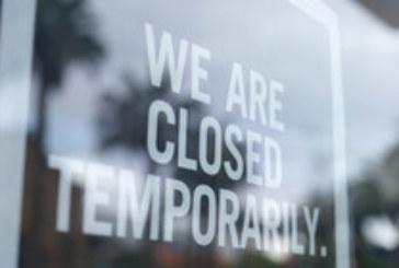 САЩ отново затварят барове и ресторанти заради COVID-19