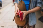 Какъв цвят портфейл привлича парите според зодията ви