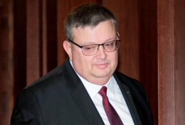 За международен натиск за освобождаване на Полфрийман разказа Сотир Цацаров