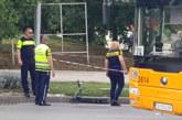 Дете пострада при сблъсък между автобус и тротинетка в София