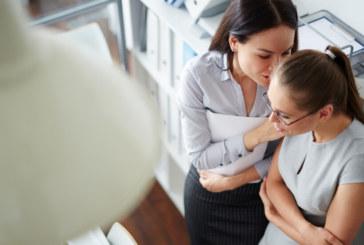 Учени: Клюките в службата са полезни