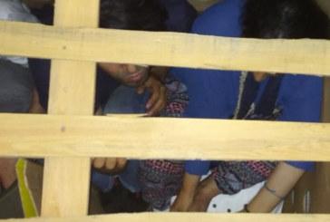 """Шестима нелегални мигранти открити в ТИР на """"Кулата"""""""