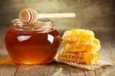 Ако ядете по лъжичка мед всяка вечер, ще забележите тези 7 ефекта