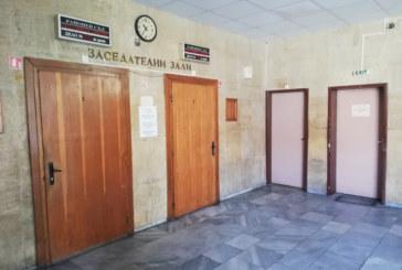 """Една година затвор за задържан за опит за кражба от лавка на """"Ученическо хранене"""" в Кюстендил"""