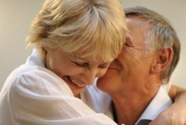 Мъжът около 50 години е най-щастлив в секса