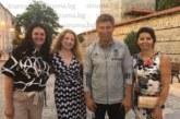 Балъков, обкръжен от три дами, разгледа за пръв път Банско