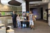 СВЕТЛИ СЕНКИ ОТ НЕСБЪДНАТО МИНАЛО! Отец К. Калайджиев нареди изложба със свои картини в Банско, синът му и снахата се включиха със свои произведения