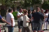 Сватбени агенти и фотографи на мълчалив протест срещу мерките за COVID-19