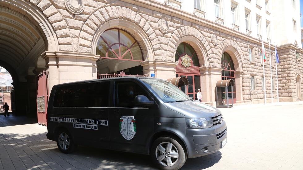 Прокуратурата: В кабинета на Узунов са открити документи, свързани с КПКОНПИ, МВР и Народното събрание