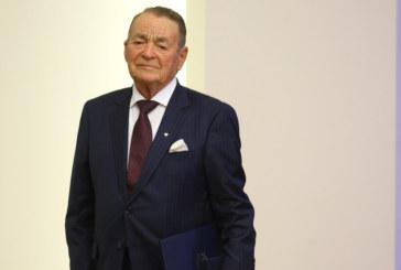 Почина Игнат Канев