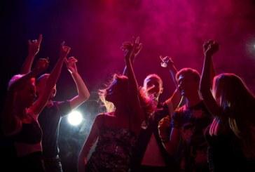 Отново отварят нощните заведения, сватбите без лимит за гости