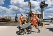 50 български работници живеят на строеж в Хановер без вода и тоалетна