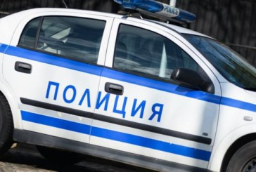 """Полиция нахлу в гараж в """"Еленово"""", задържа четирима с кокаин"""