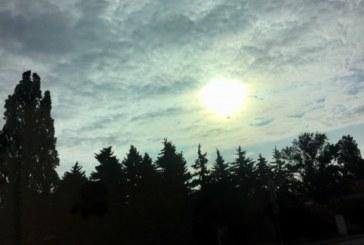 В Западна България дъжд,  по морето – слънце