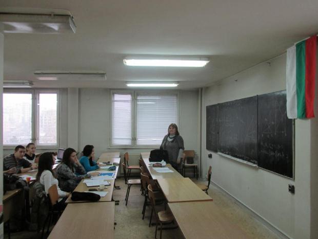 Родители искат дистанционно обучение от 15 септември