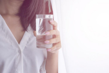 Чаша вода на празен стомах сутрин ще ви преобрази за 2 седмици