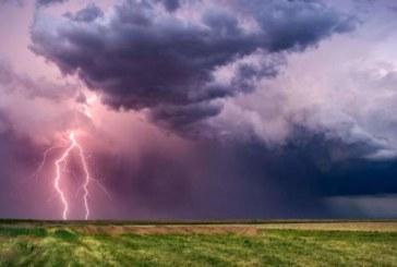 Времето: Гръмотевици и валежи над западните райони