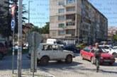 Катастрофа в час пик задръсти кръговото кръстовище при Строителния техникум в Благоевград /Снимки/