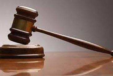 Съдят жител на Баня за три кражби на коли на пияна глава