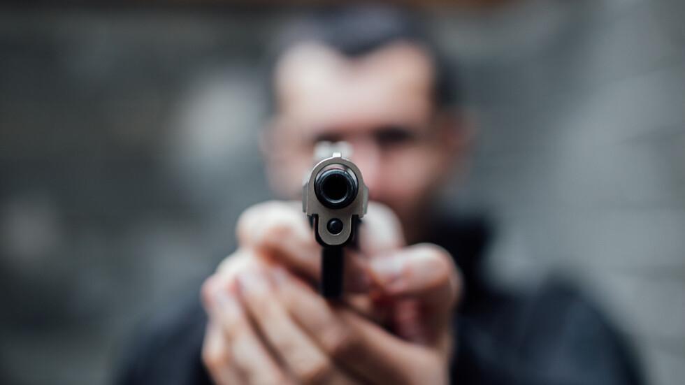 Мъж заплаши с пистолет лекар в Бургас