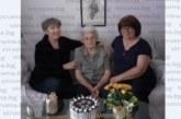 Благоевградската математичка В. Войнова събра цялата си фамилия на 88-ия рожден ден, ден по-рано поздрави своята учителка В. Германова-Попова за 103-ата й годишнина