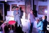 След представление! Актьорът Ивайло Захариев предложи брак на приятелката си