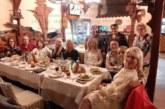 Читалищните преподаватели от Петрич изпревариха с 2 дни забраната за многолюдни купони и на маса откриха неофициално новата творческа година